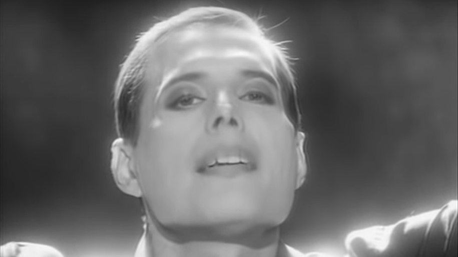 """I Still Love You"": the last goodbye of Freddie Mercury on video"