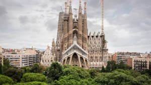 La Sagrada Familia: storia e significati di un progetto immenso