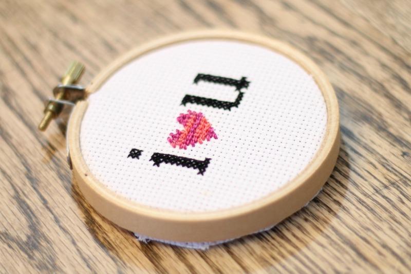 cross-stitch-I-heart-you.