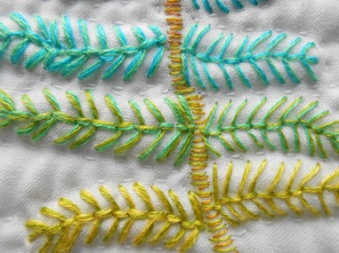 Photo 4 - detail of stitching with 4 and 2 strands_1000_1