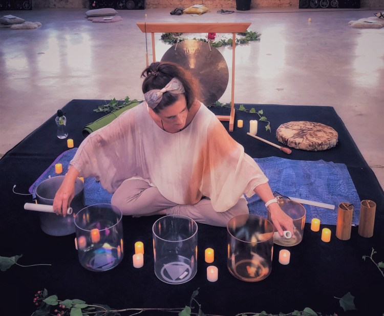 Sound Bath Healing Journey - Aurora Facets Copyright