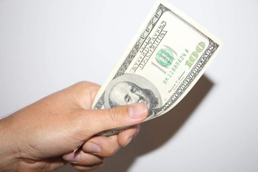 tirgojiet kripto valūta