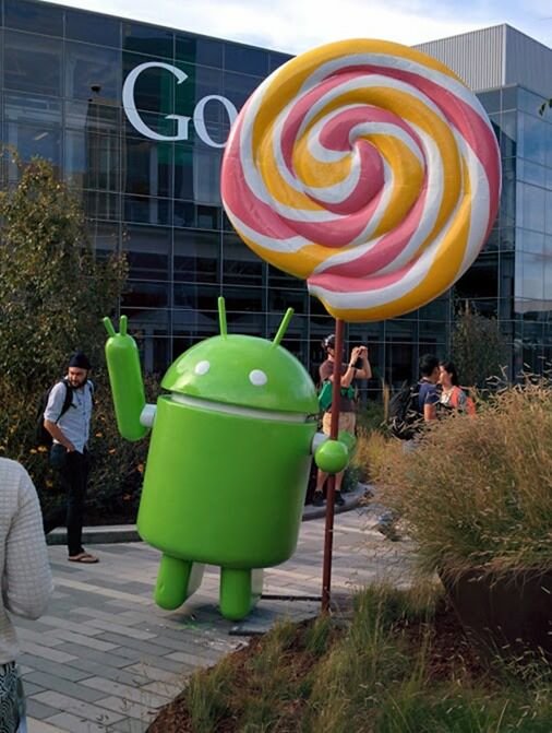 Android Lollipop Lawn Statue