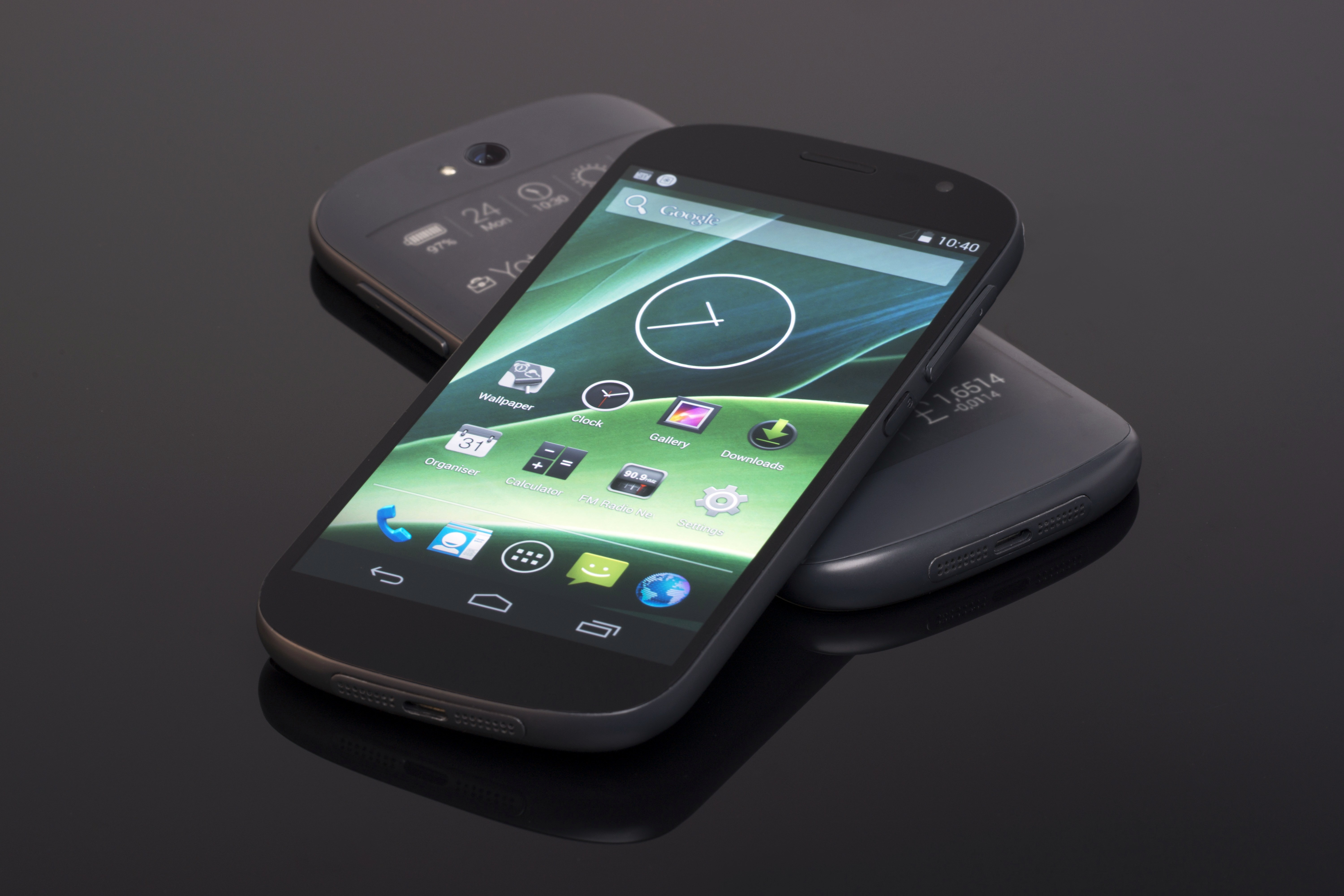 YotaPhone 3 Announced With Prices For Two Variants