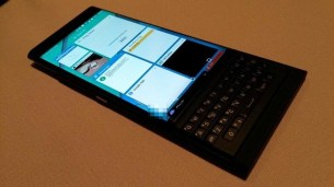 BlackBerry Venice 8