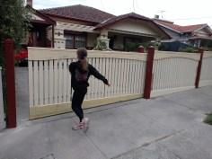 Moto_X_Style_moving fence