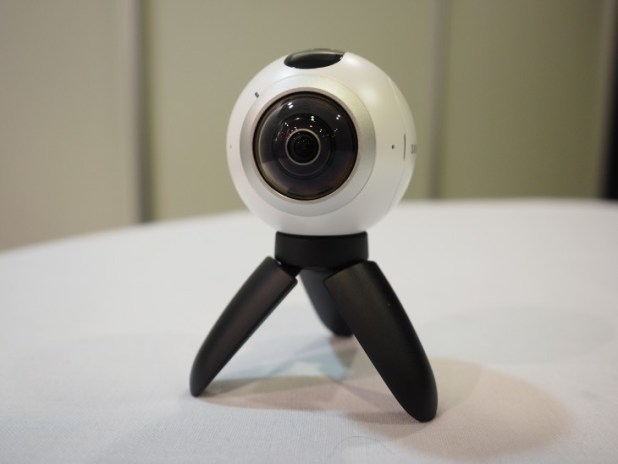 Samsung's Gear 360 is both adorable and extremely powerful.