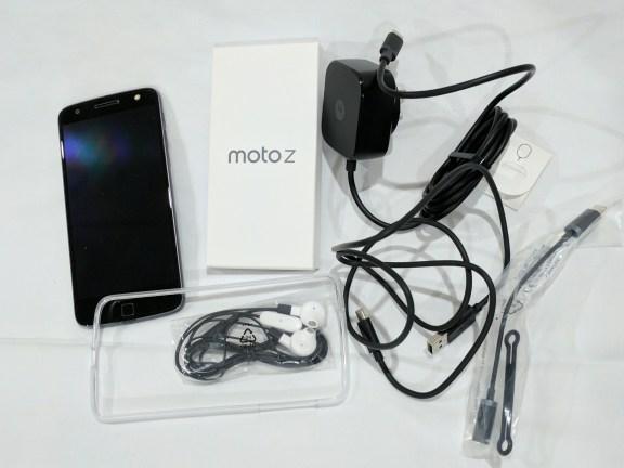 moto-z-in-the-box
