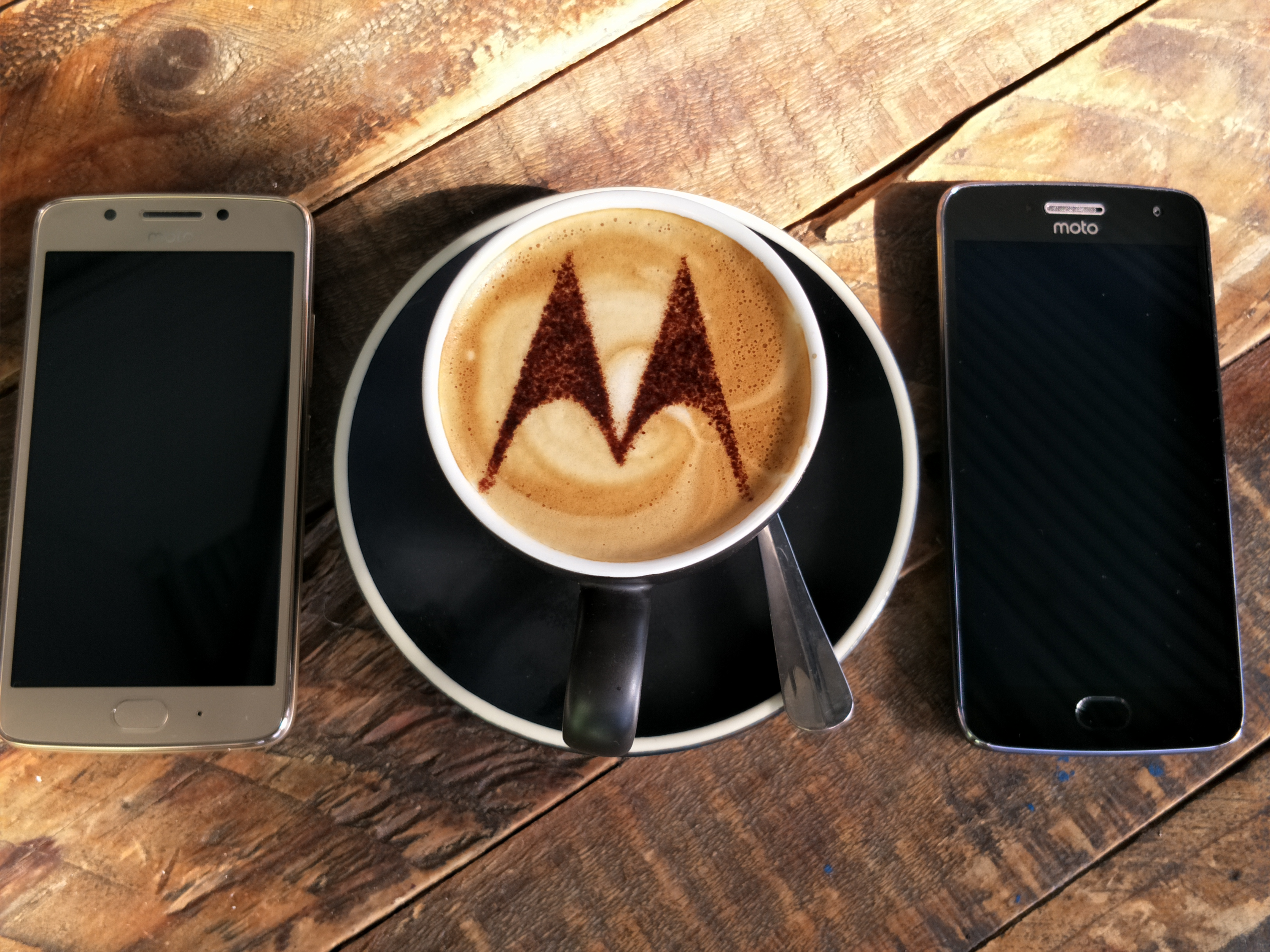 Motorola G5 and G5s series phones receive Android 8 1 update