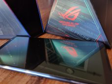 ROG 3 Reflections