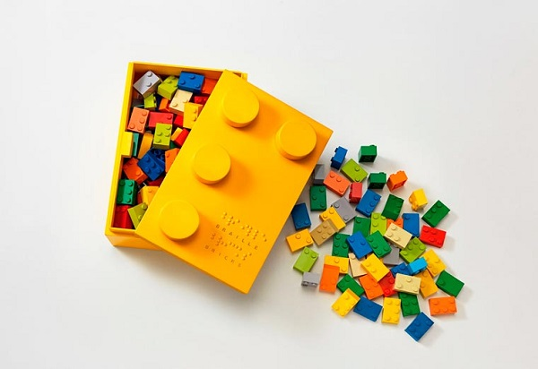 LEGO braille bricks