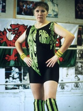Donna Marie Parson as the Welsh Dragon.