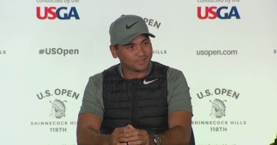 Jason Day teases Tiger Woods about MC Hammer pants