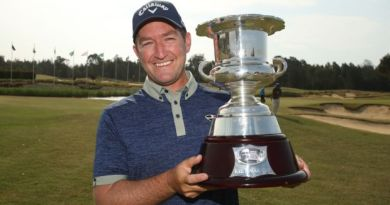Seven-week Aussie golf swing to forge ahead