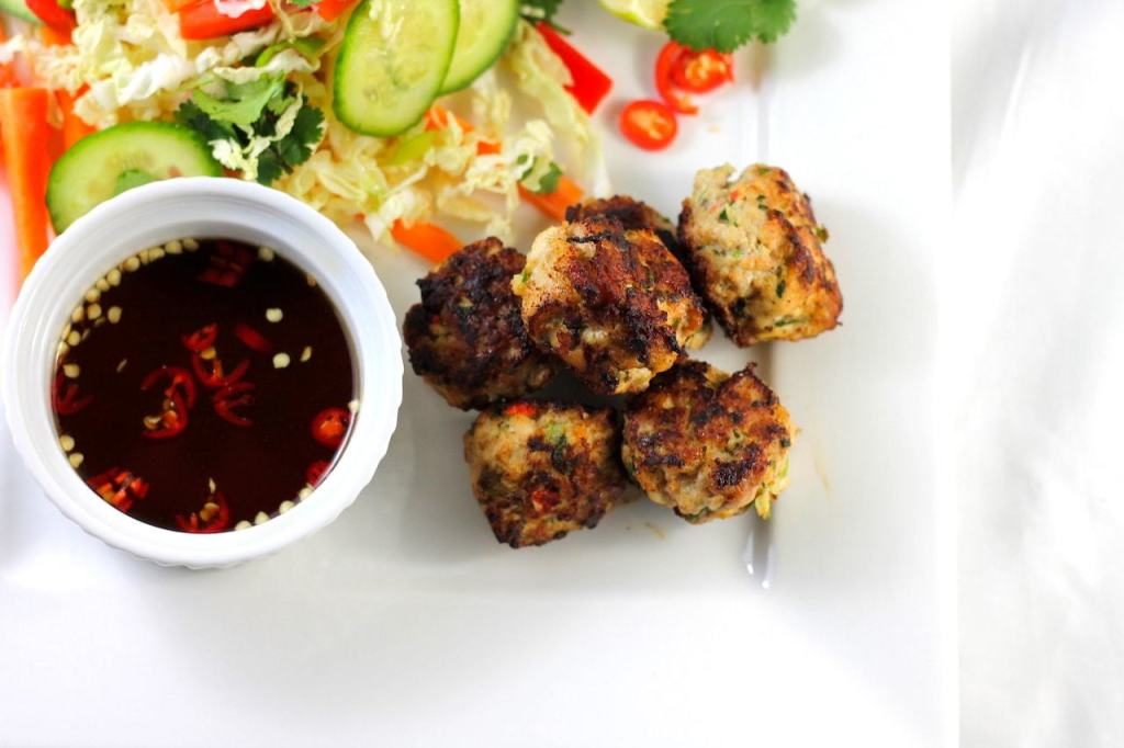 Keto vietnamese chicken, keto chicken balls, keto chicken meatballs, keto vietnamese meatballs, keto vietnamese salad