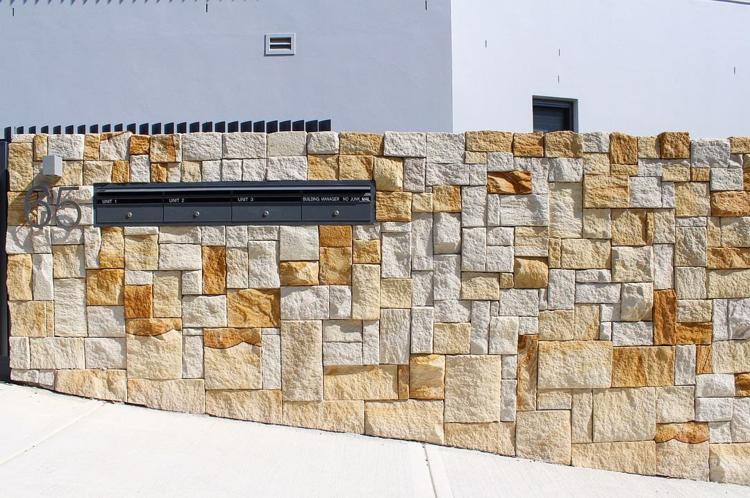 Colonial banded Australian sandstone wall cladding
