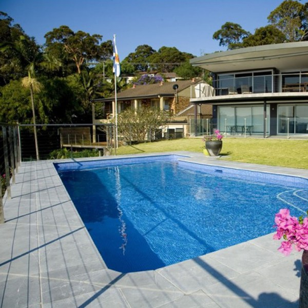 Aussietecture stone supplier Bindoon limestone pavers used as swimming pool pavers and pool copping
