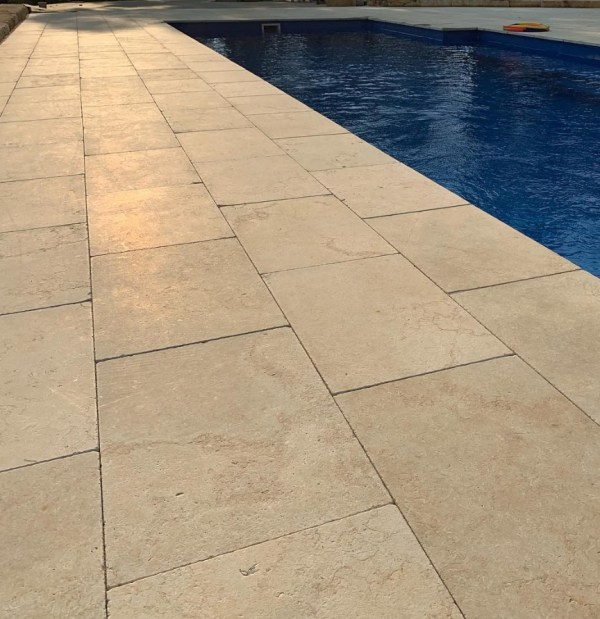 Gundy swimming pool tiles and pavers