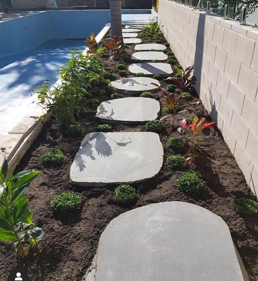 Iluka Bluestone Stepping Stones in a landscaping project