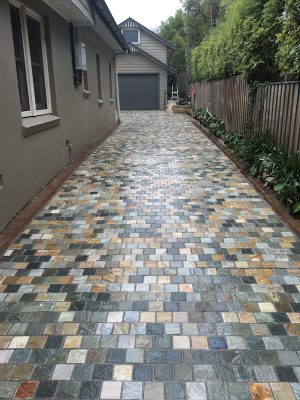 Quorn Quartzite Cobbles in a house drive way project