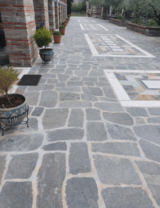 Kimba Slate Crazy pave in garden landscaping project