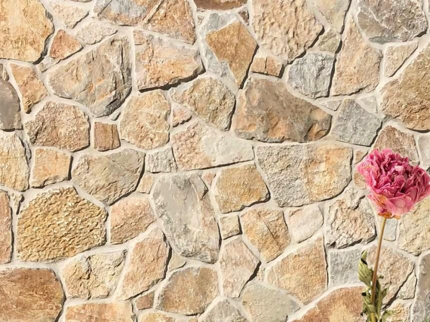 Limestone laverton irregular walling