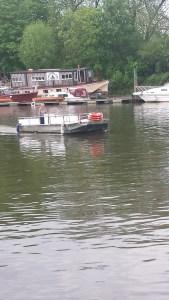Auvar Ferry