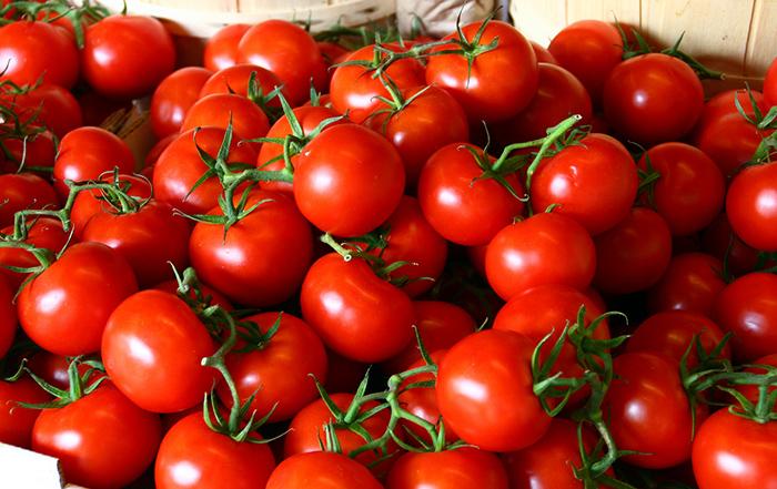 tomatoes cherry heirloom mini