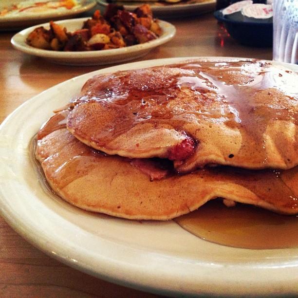 strawberry vegan pancakes Kerbey Lane Cafe
