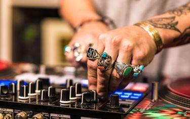 Night Swim w/ DJ Diggy Dutch