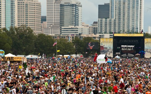 7 Awesome Austin Bars That Just Might Host An ACL Surprise Show