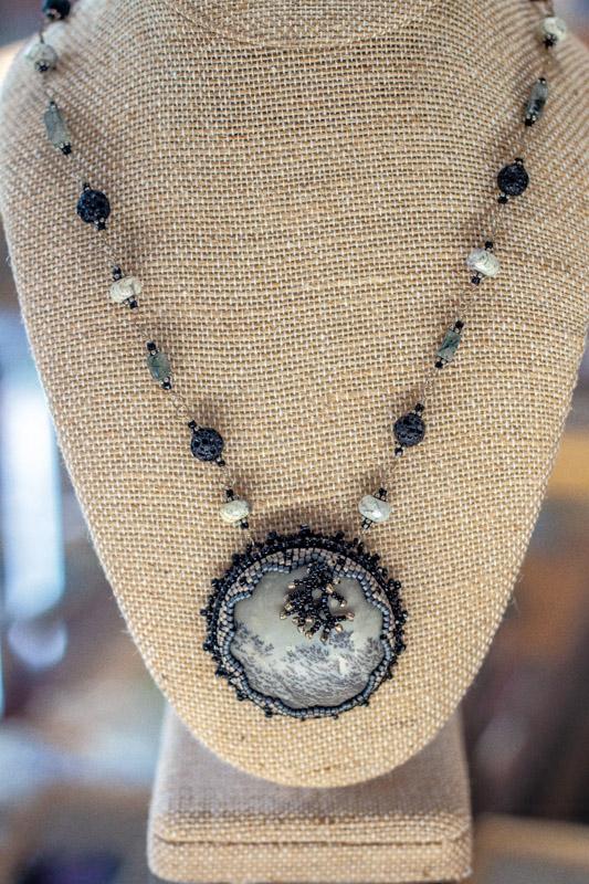 Semi precious stone jewelry making classes