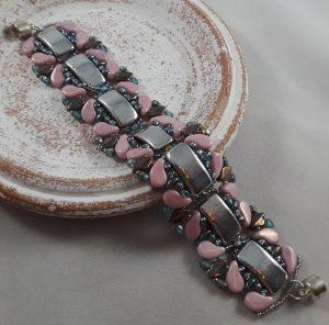 Link Us Together Bracelet event at Austin Bead Gallery