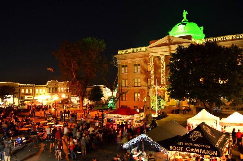 Holiday Entertainment Guide 2014 23 Georgetown Christmas