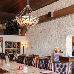 Farina's Bar