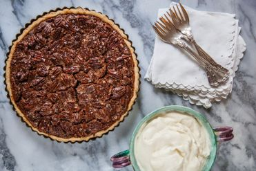 farmhouse pecan pie