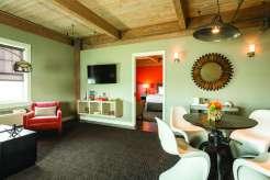 Harbor House Suite