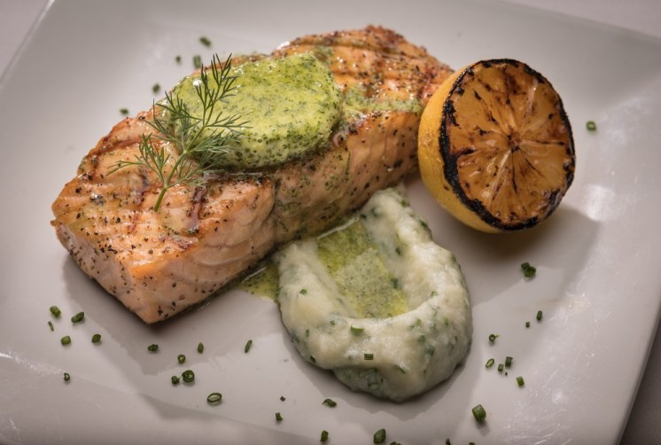 perry's steakhouse salmon