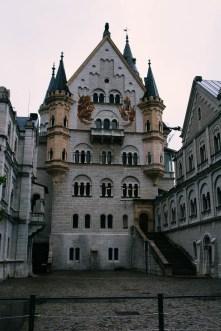 Neuschwanstein courtyard