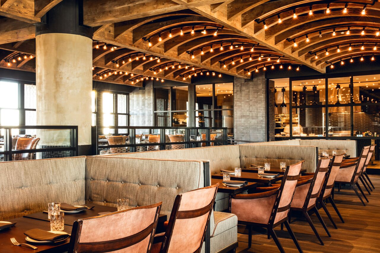 5 Star Dining Four Stories Above Rainey Street At Geraldines