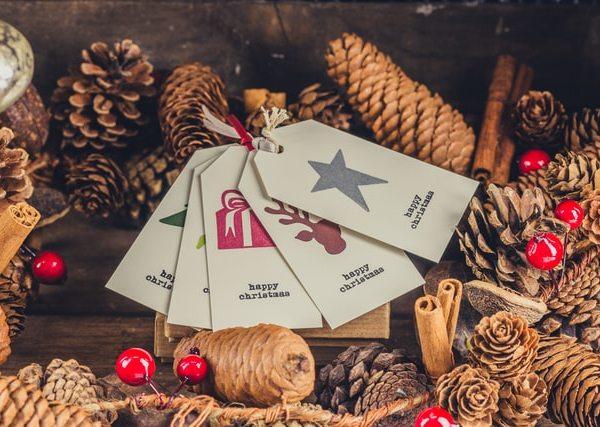 Holiday Decor - Hang Tags
