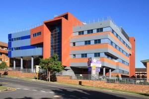 澳洲高中-Lourdes Hill College – 路易.希爾學校