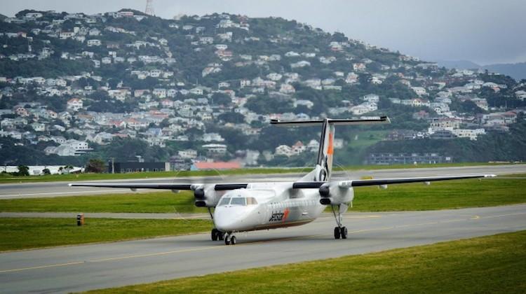 A Jetstar Q300 turboprop at Wellington Airport. (Jetstar)