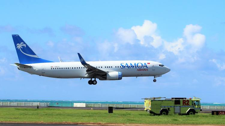 Samoa Airways' Boeing 737-800 I-NEOS arrives at Apia. (Samoa Government/Facebook)