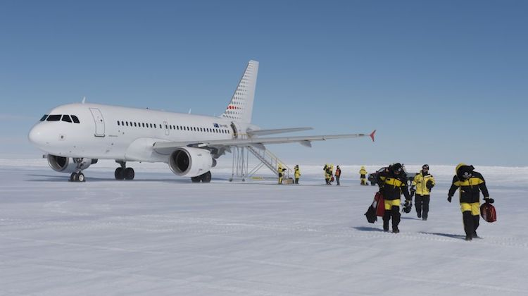 An Airbus A319 at Wilkins Aerodrome. (Australian Antarctic Division/Chris Crerar)