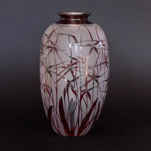 Spider Orchid vase by Amanda Louden. Blown and etched glass. H 20cm x W 10cm