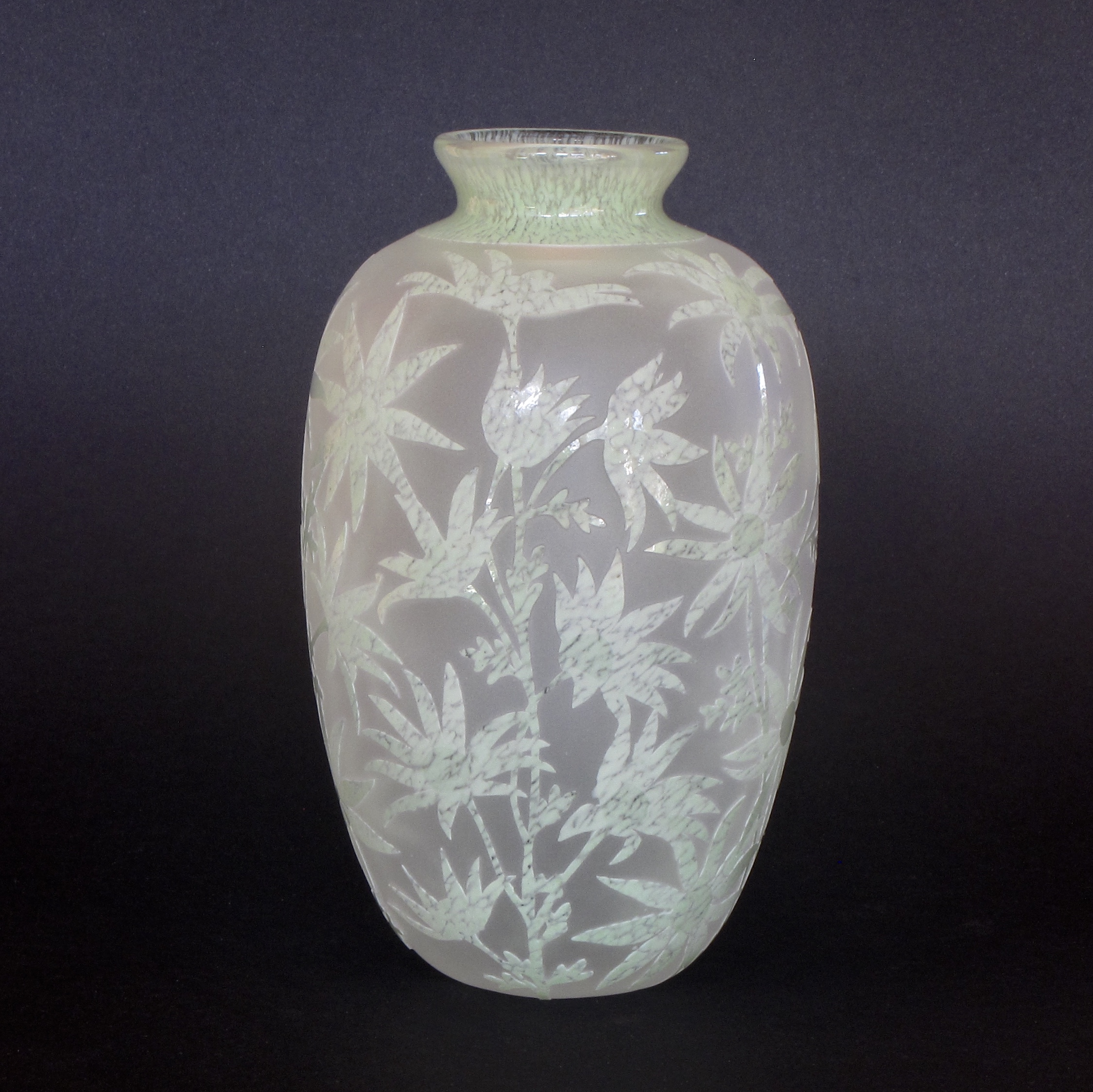 Flannel Flower vase by Amanda Louden. Blown and etched glass. H 16cm x W 9cm