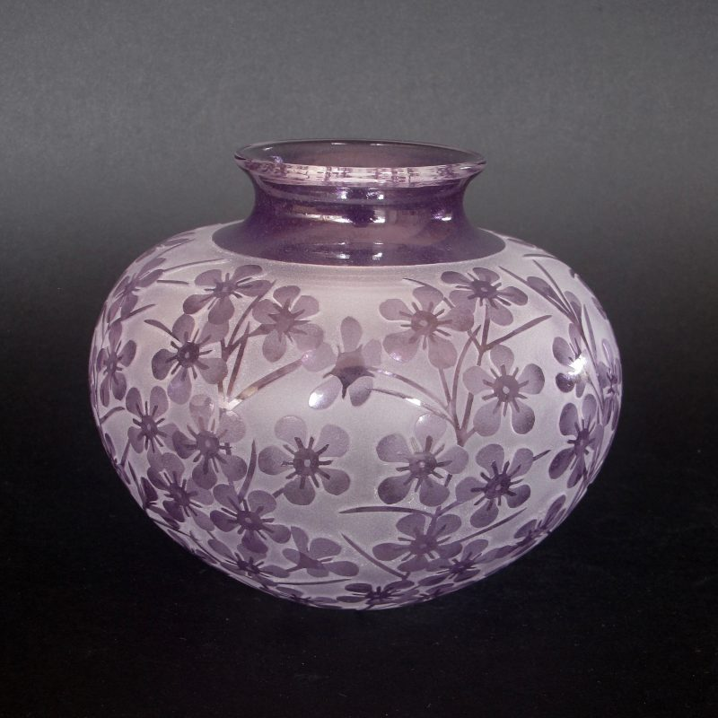 Geraldton Wax - Chamelaucium uncinatum vase. Handblown and etched glass by Amanda Louden. H 11cm x W12.5cm