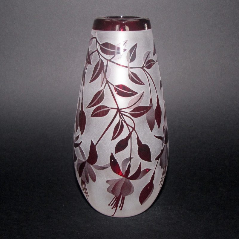 Fuchsia vase. Handblown and etched glass by Amanda Louden. H17cm W7.5cm