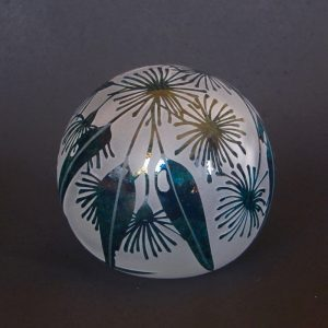 Gum flower paperweight. Handblown and etched glass by Amanda Louden. H 8.5cm W8cm